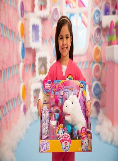 Little Live Pets Rainglow Unicorn Vet Set - Interactive Pet Unicorn, Multicolor